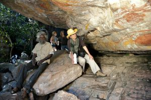 Park Trek Arnhem Land and Kakadu five-day walking tour - Aboriginal rock art guided tour