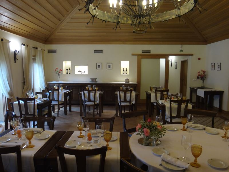 Portugal Duoro Valley Walking Tour - Inside a dining room