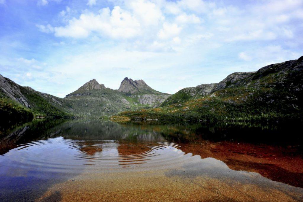 Cradle Mountain across Dove Lake