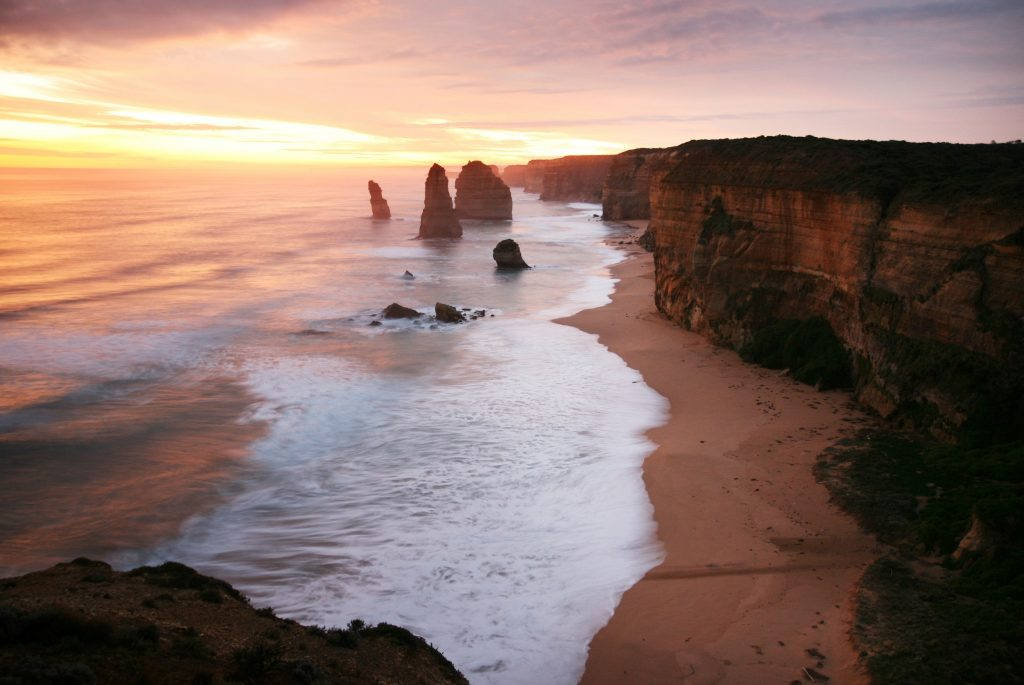 Great Ocean walk walking tour - twelve apostles